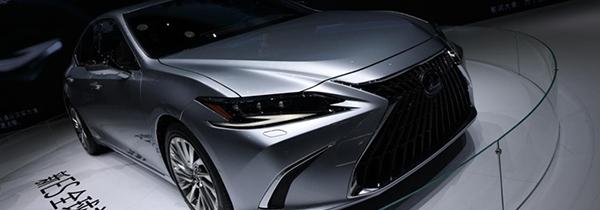全新概念车亮相 上海车展雷克萨斯展台报道